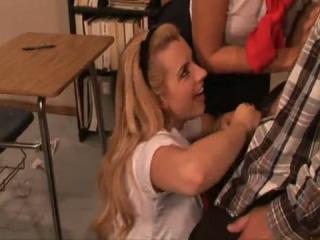 school-teen-suck-porn
